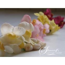Курс направа на цветя от захарно тесто Кученца