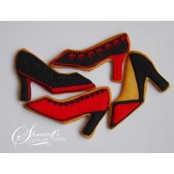 Формичка - елегантна обувка