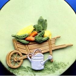 Градинска количка с лейка
